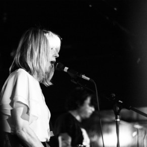 Kim Gordon's new project Body/Head, featuring guitarist Bill Nace of X.O.4, Vampire Belt, Ceylon Mange,  combines drone sounds and experimental rock.
